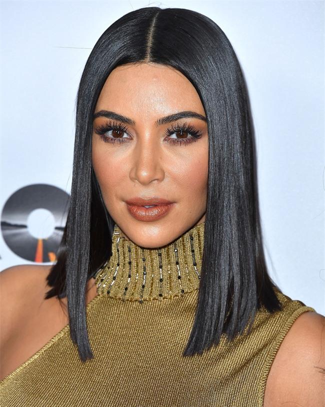 """Bí mật mái tóc bóng, sáng óng ánh của cô Kim """"siêu vòng 3"""", bạn cũng làm được - Ảnh 2."""