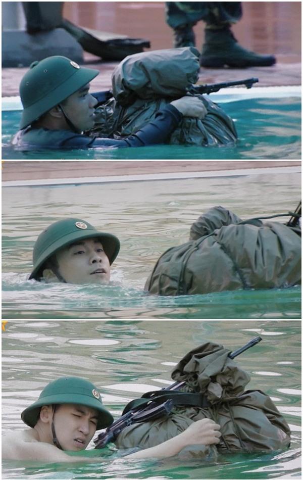 Huy Cung giật nảy người khi bắn súng khiến Khắc Việt cười 'không ngậm được miệng'-10
