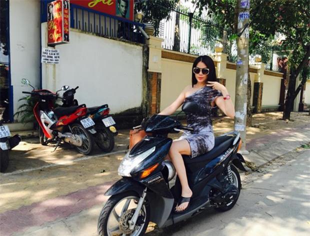 Sau sự hào nhoáng bên ngoài của showbiz, vẫn có những khoảnh khắc sao Việt giản dị đến khó tin! - Ảnh 10.