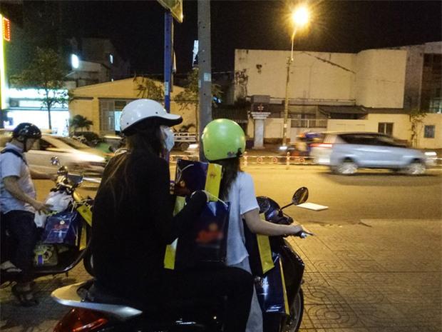 Sau sự hào nhoáng bên ngoài của showbiz, vẫn có những khoảnh khắc sao Việt giản dị đến khó tin! - Ảnh 14.