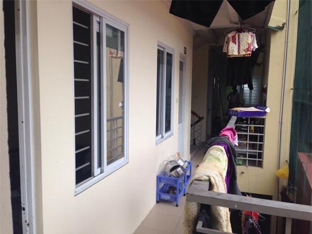 Xây 1 khu nhà trọ riêng hiện nay khá phổ biến, mỗi phòng chỉ khoảng 15m2, với giá 1,3 triệu đồng/2 người, tiền cọc 1 triệu đồng