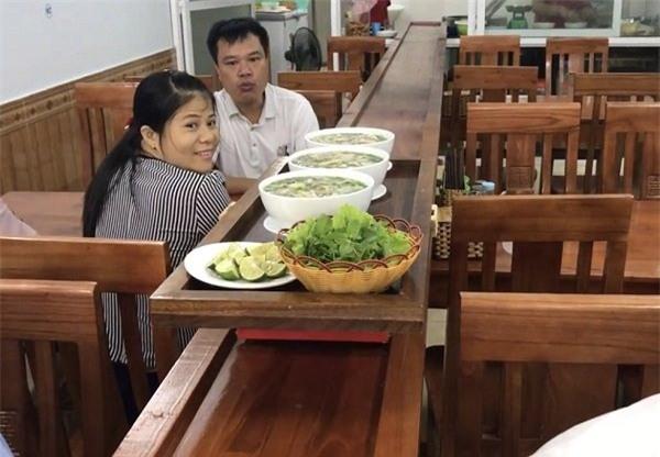 bán phở,quán ăn lạ,kinh doanh lạ,phở Việt Nam,Yên Bái