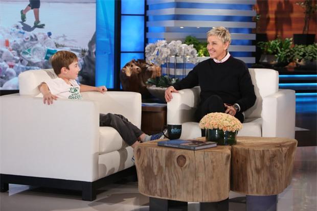 Cậu bé 3 tuổi lập được công ty, kiếm hơn trăm triệu nhờ thu gom chai lọ đã qua sử dụng - Ảnh 3.