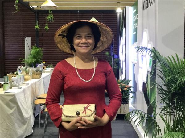 xơ mướp, thời trang xơ mướp, Mạc Như Nhân, hàng Việt