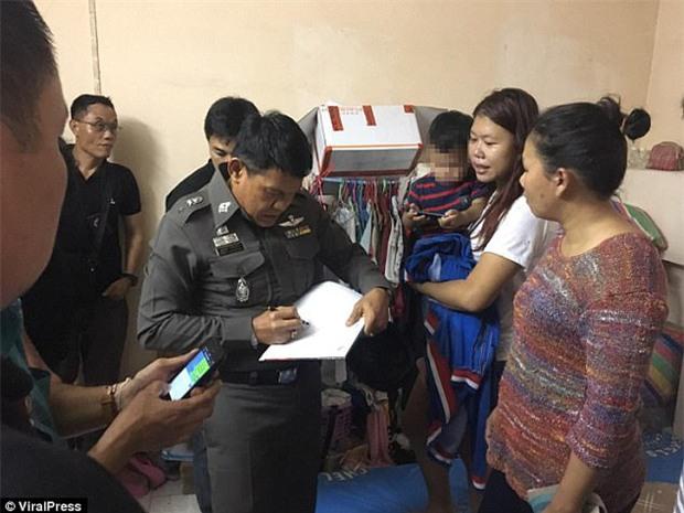 Câu chuyện phía sau đoạn video mẹ dùng dây thắt cổ con trai khiến cư dân mạng Việt Nam phẫn nộ - Ảnh 3.