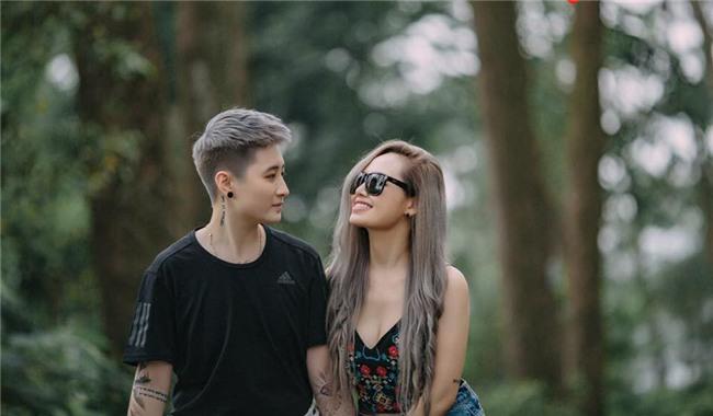 MC Ngọc Trang khoe ảnh cưới với người yêu đồng giới kém 8 tuổi-3