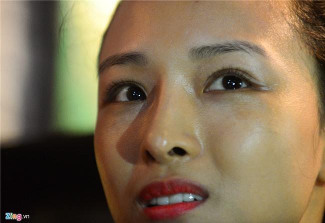 Hoa hau Phuong Nga, Thuy Dung xuat hien sau 45 ngay tai ngoai hinh anh 6