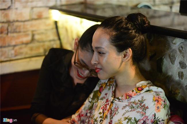Hoa hau Phuong Nga, Thuy Dung xuat hien sau 45 ngay tai ngoai hinh anh 8