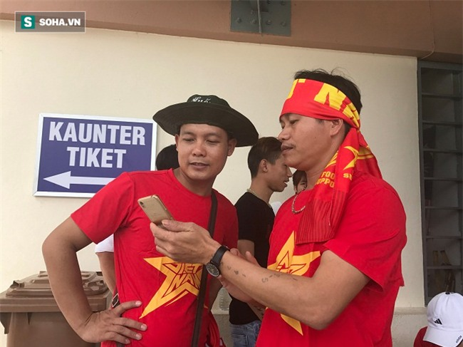 Người Việt tại Malaysia sẵn sàng tiếp lửa cho thầy trò HLV Nguyễn Hữu Thắng - Ảnh 3.