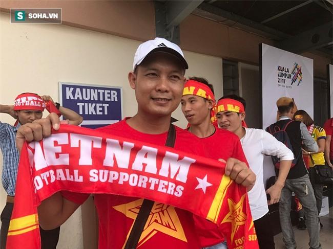 Người Việt tại Malaysia sẵn sàng tiếp lửa cho thầy trò HLV Nguyễn Hữu Thắng - Ảnh 4.