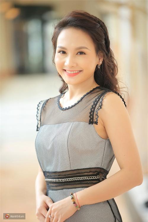 Bảo Thanh chia sẻ về mối quan hệ hiện tại với Việt Anh, khẳng định không tránh mặt đồng nghiệp - Ảnh 1.