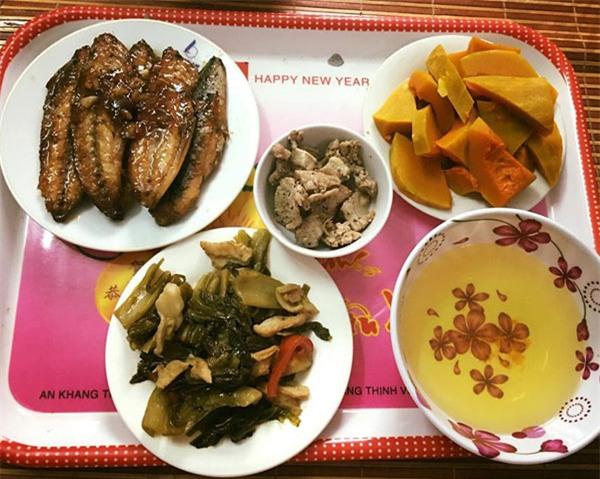 'Phát hờn' với 5 mâm cơm phiên bản 'chồng nhà người ta' nấu tặng vợ-2