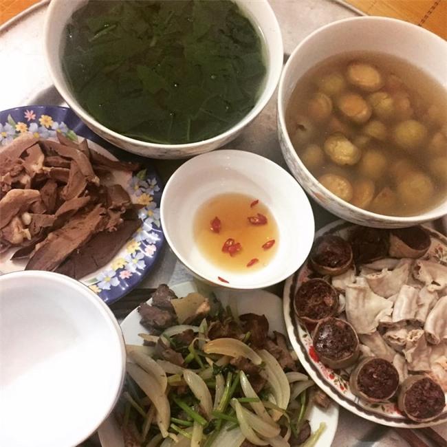 'Phát hờn' với 5 mâm cơm phiên bản 'chồng nhà người ta' nấu tặng vợ-3