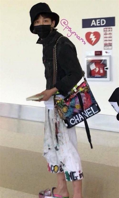 Sao Việt đã là gì, thảm họa thời trang sao Hàn mới khiến fan phát hoảng!-2