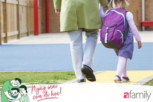 Chưa dạy con đủ 5 điều sau, đừng bao giờ để bé một mình tới lớp! - Ảnh 2.