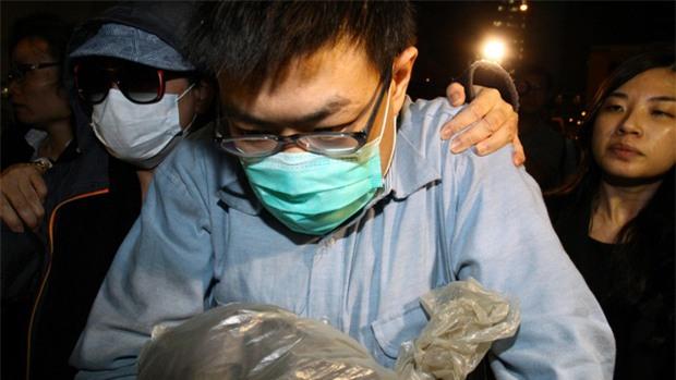 5 vụ án mạng gây chấn động nhất trong lịch sử Hong Kong: Từ sát thủ Hello Kitty cho tới kẻ giết người đêm mưa - Ảnh 5.