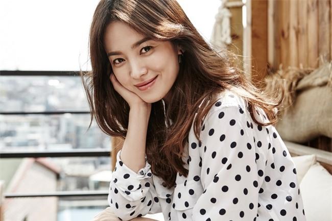 Song Hye Kyo và bí mật của sắc đẹp bất chấp thời gian, chẳng cần đến dao kéo - Ảnh 5.