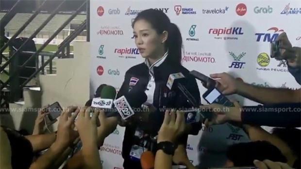 Nữ trưởng đoàn Wongpasi ám chỉ U22 Việt Nam luôn lo sợ khi đối đầu Thái Lan? - Ảnh 2.