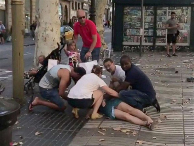 IS nhận trách nhiệm vụ khủng bố ở Barcelona - Ảnh 2.