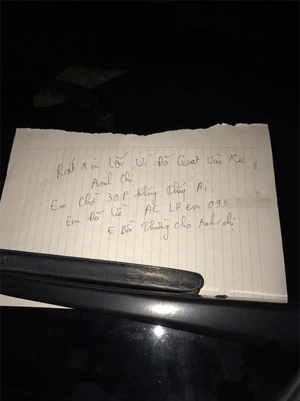 Bị va quệt xước xe, nhưng chủ xe không thể giận vì một mảnh giấy để lại  - Ảnh 1.