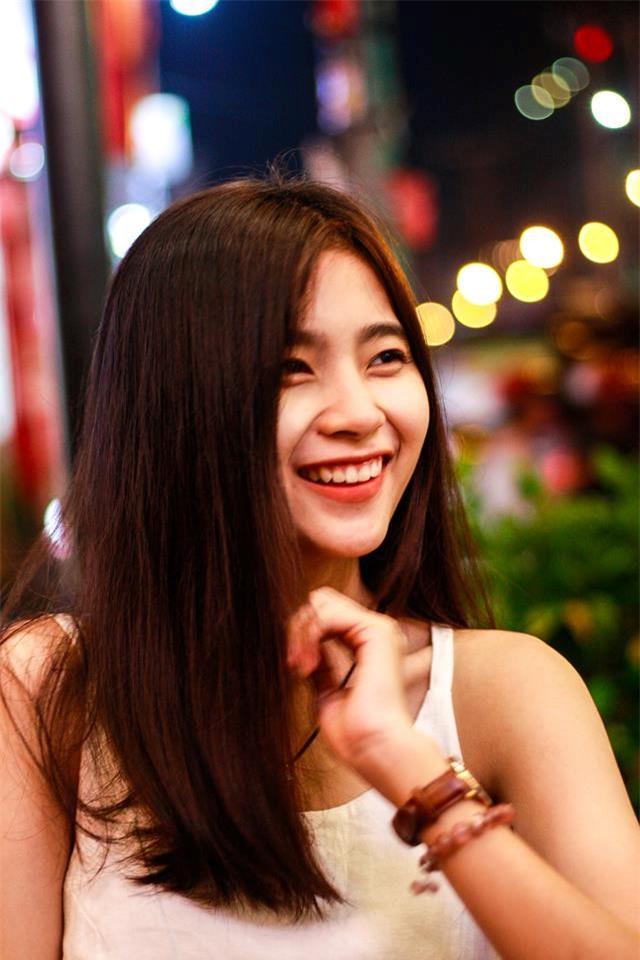 Lop truong 'nha nguoi ta': Xinh xan, hoc gioi, hat hay, nhay dep hinh anh 3
