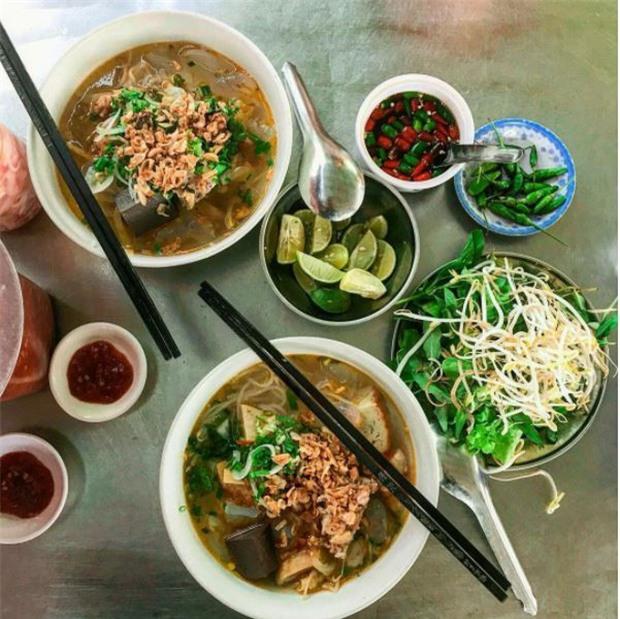 Trọn vẹn cẩm nang cho bạn khi ghé thăm Quy Nhơn: Điểm đến hot nhất mùa hè năm nay! - Ảnh 27.
