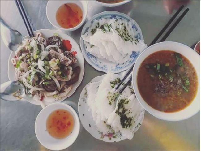 Trọn vẹn cẩm nang cho bạn khi ghé thăm Quy Nhơn: Điểm đến hot nhất mùa hè năm nay! - Ảnh 32.