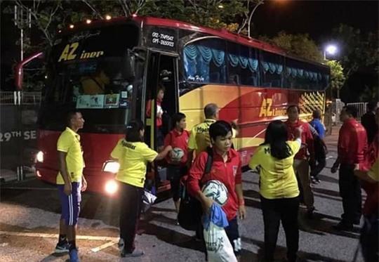 Nghi tài xế chở đội nữ Myanmar ăn cắp, tăng cường an ninh SEA Games - Ảnh 2.