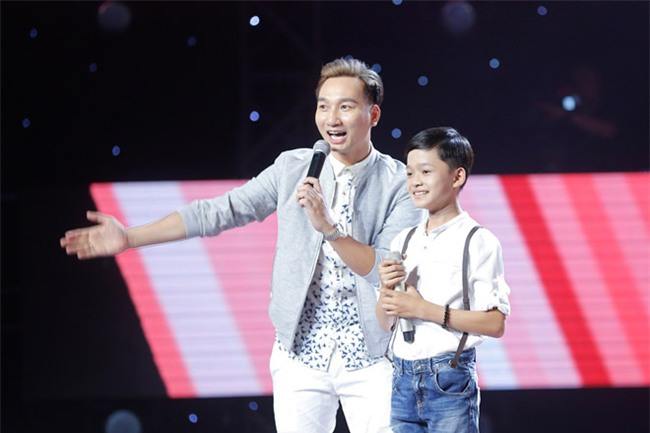tan chay voi giong ca 11 tuoi hat dan ca tai the voice kids hinh anh 1