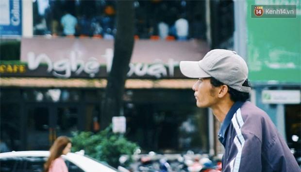 Chuyện cảm động về anh shipper khuyết tật giọng nói, đạp xe hàng chục km mỗi ngày để giao hàng khắp Sài Gòn - Ảnh 6.