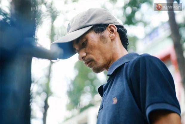 Chuyện cảm động về anh shipper khuyết tật giọng nói, đạp xe hàng chục km mỗi ngày để giao hàng khắp Sài Gòn - Ảnh 9.