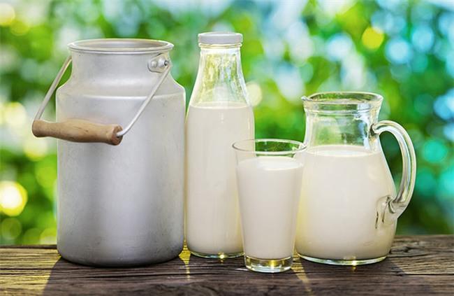 Chỉ cần 1 hộp sữa tươi không đường, da bạn vừa trắng, vừa mịn như da em bé nhưng phải làm theo cách này - Ảnh 1.