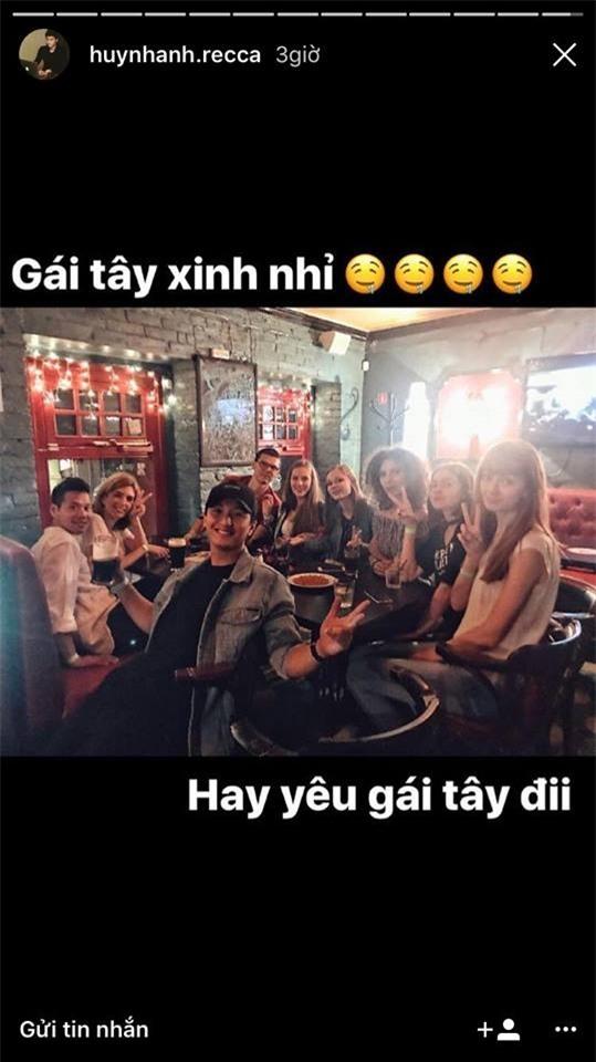"""Ngay sau đó, Huỳnh Anh đăng tải hình ảnh kèm dòng chia sẻ mang hàm ý bị cho là """"đá đểu"""" bạn gái cũ Hoàng Oanh. - Tin sao Viet - Tin tuc sao Viet - Scandal sao Viet - Tin tuc cua Sao - Tin cua Sao"""