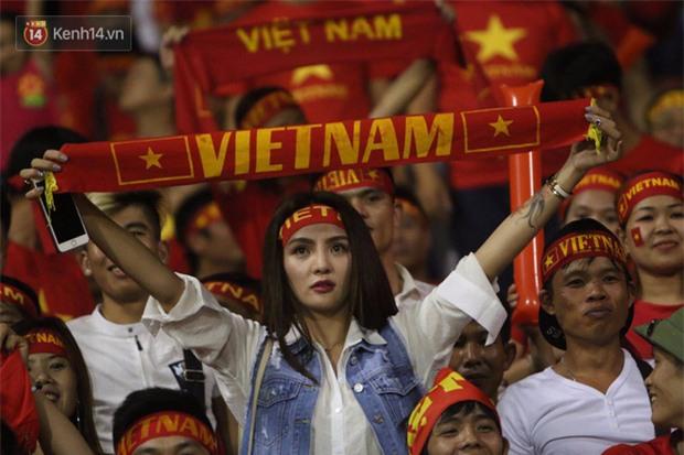 Fan thất vọng trước màn trình diễn của U22 Việt Nam - Ảnh 4.