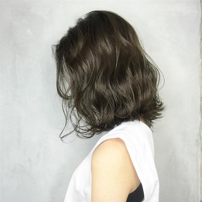 4 màu tóc khói mà nàng công sở nhuộm thoải mái không sợ nổi - Ảnh 6.