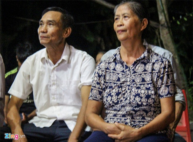 Bo Cong Phuong: 'Tu hao vi con choi nhiet tinh tu dau den cuoi tran' hinh anh 2