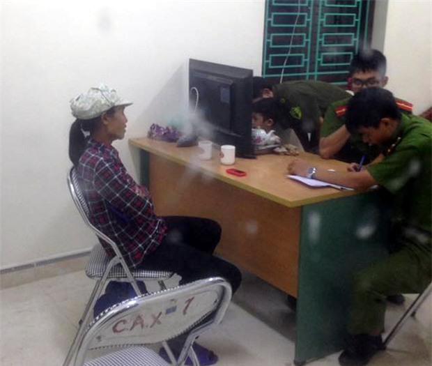 Bắc Ninh: Cháu bé đi lạc được người phụ nữ đưa về trụ sở UBND, người dân nghi ngờ có chuyện bắt cóc - Ảnh 3.