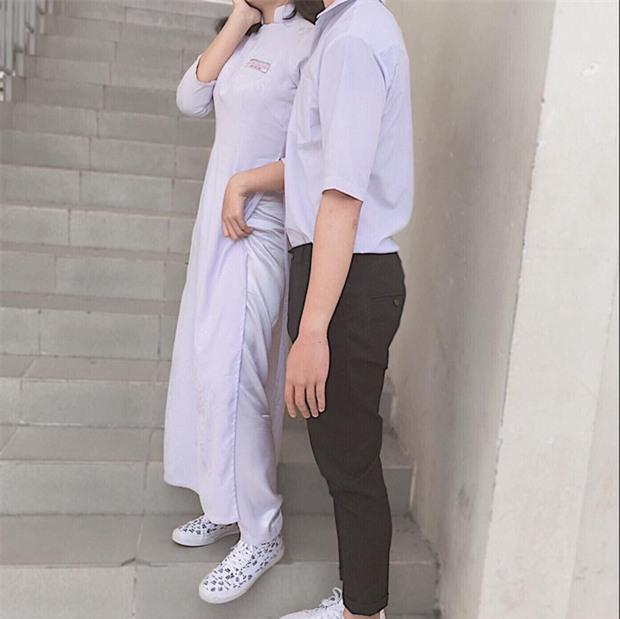 Con gái mặc áo dài, đi sneakers xinh mà, sao lại bị ném đá? - Ảnh 4.