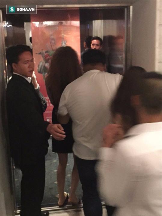 Video Hà Hồ nắm tay Kim Lý cùng về nhà, chính thức công khai quan hệ yêu đương - Ảnh 2.