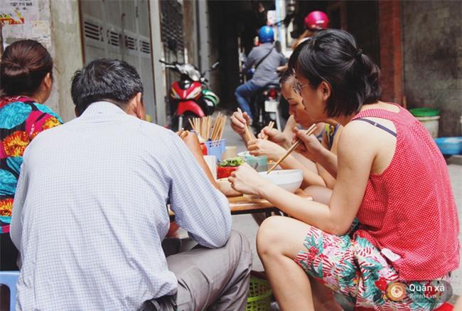 Ở Hà Nội có một món bún rất lạ: đầy ắp thịt bò mà chỉ có 25k-1