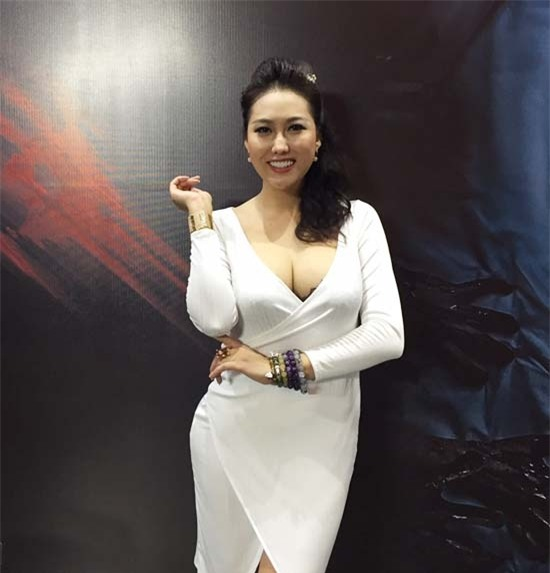 "showbiz viet loan danh hieu tu phong ""ong hoang"", ""ba chua"" hinh anh 4"