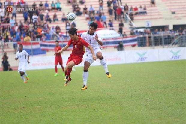 Công Phượng mắt đỏ hoe trong ngày U22 Việt Nam chia tay SEA Games 29 - Ảnh 14.
