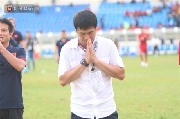 Công Phượng mắt đỏ hoe trong ngày U22 Việt Nam chia tay SEA Games 29 - Ảnh 16.