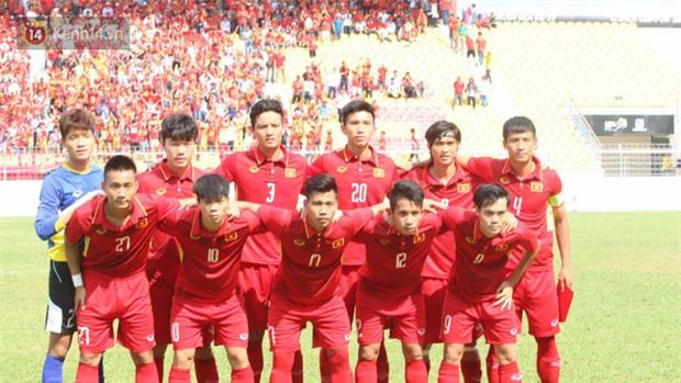 Công Phượng mắt đỏ hoe trong ngày U22 Việt Nam chia tay SEA Games 29 - Ảnh 4.