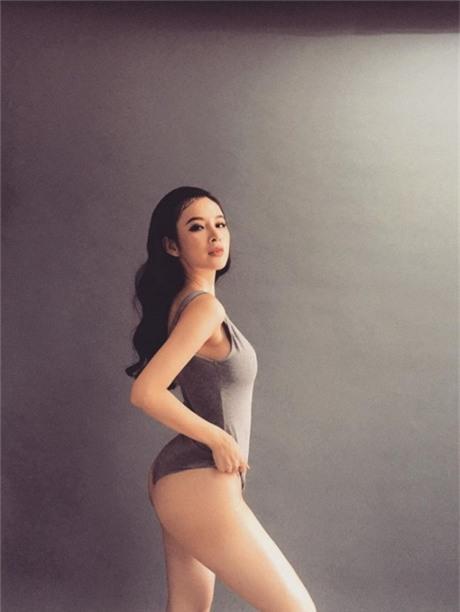 Khong con nghi ngo gi nua, Angela Phuong Trinh tro thanh my nhan so huu vong 3 'boc lua' nhat nhi Vbiz - Anh 8
