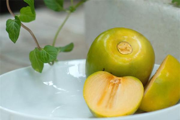 Lợi ích sức khỏe của quả hồng giòn - Ảnh 1.