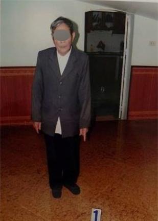 Vụ hiếp dâm bé gái 3 tuổi ở Hà Nội: Cụ ông khai nhận do nhu cầu sinh lý, dùng gấu bông để dụ bé - Ảnh 2.