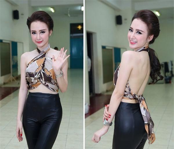 Dàn mỹ nhân Việt chết mê mốt quấn khăn thành áo vô cùng gợi cảm-7