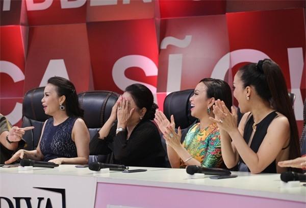 Mẹ Minh Tuyết lập kỷ lục 4 lần không nhận ra giọng con gái-3