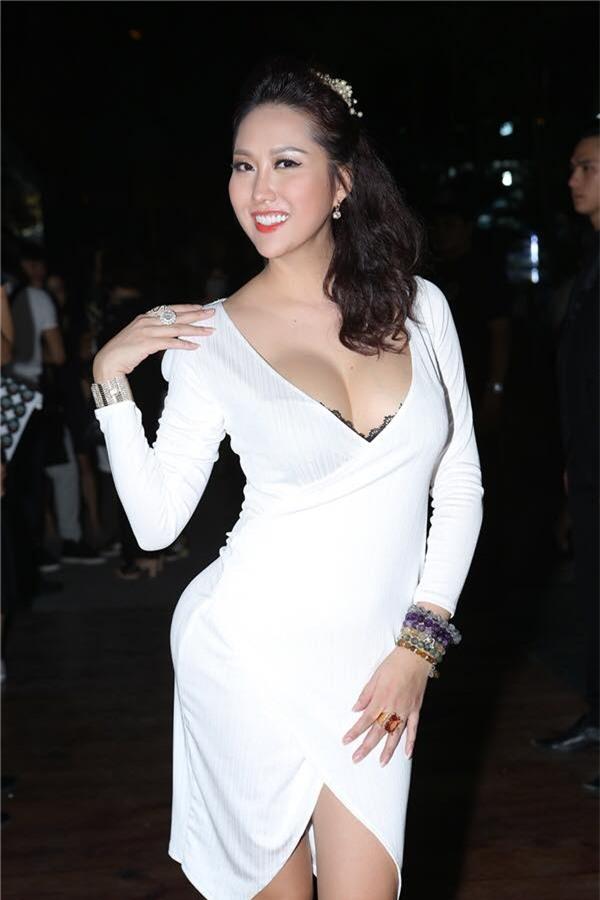 phi thanh van lien tuc khoe vong 3 hon met sau lan trung tu thu 15 - 5